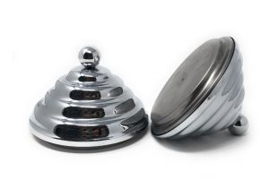 LITTLE-PIRAM-CER LITTLE VINTAGE CHROME pyramid-shaped decorative cover with bottom closure